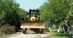 Reparaţie drumuri comuna Trivalea Moşteni 2