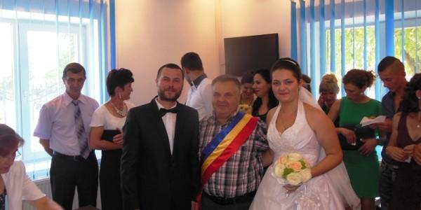 Trivalea Mosteni- cununie civila Fam. Grigorescu